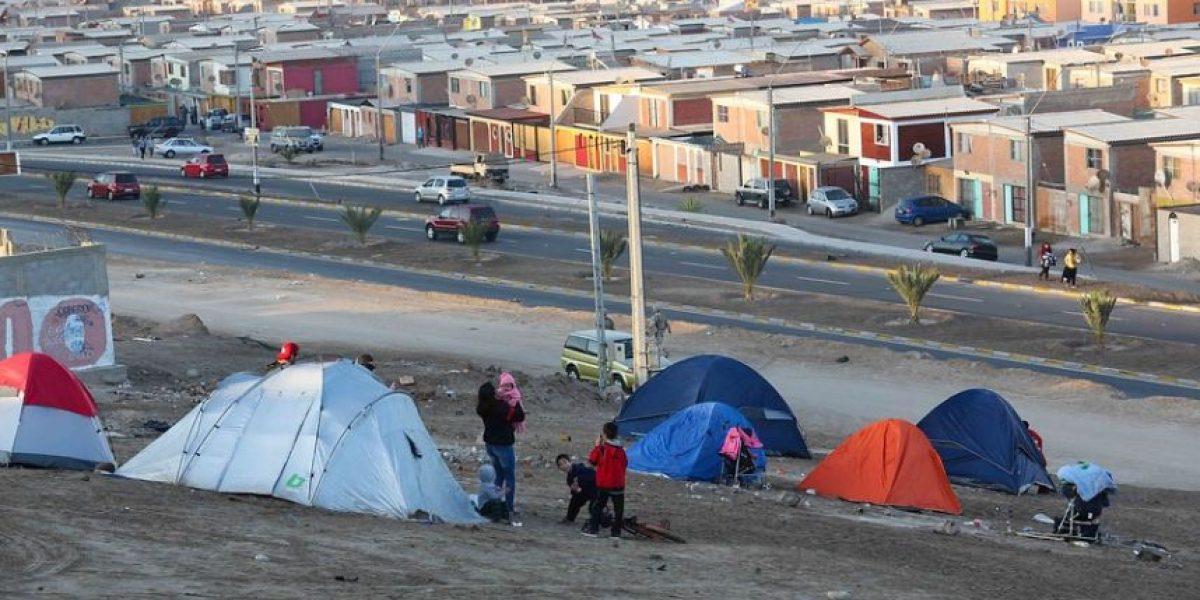 [FOTOS] Ariqueños sacaron sus carpas y pasaron la noche en las alturas