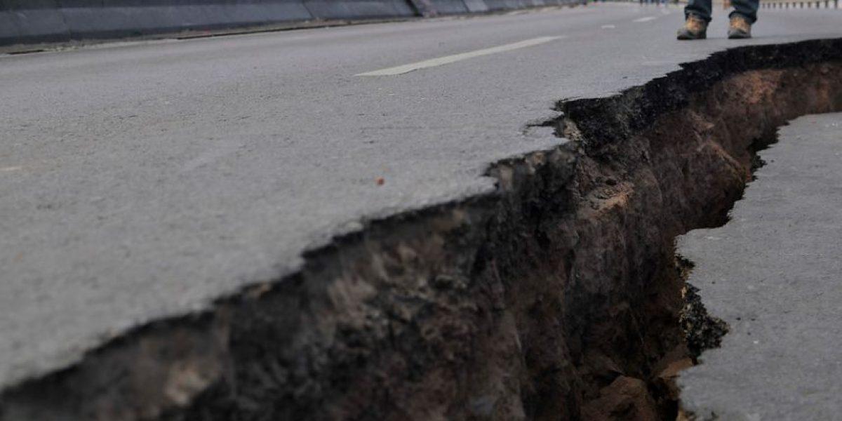 [FOTOS] Impresionante grieta abrió la ruta que une Iquique con Alto Hospicio