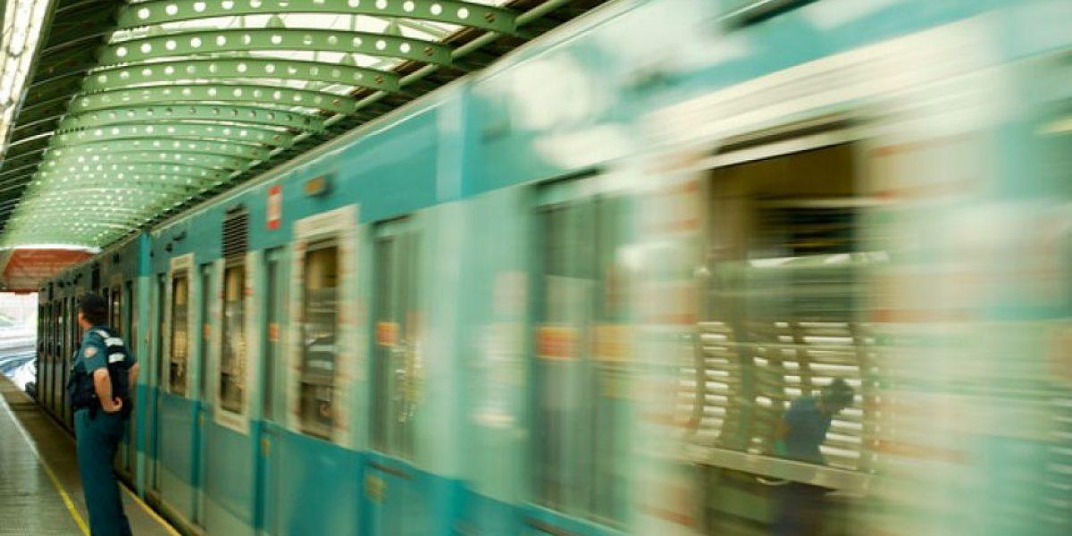 ¡Atención! Metro adelanta horario de apertura el domingo por Maratón de Santiago