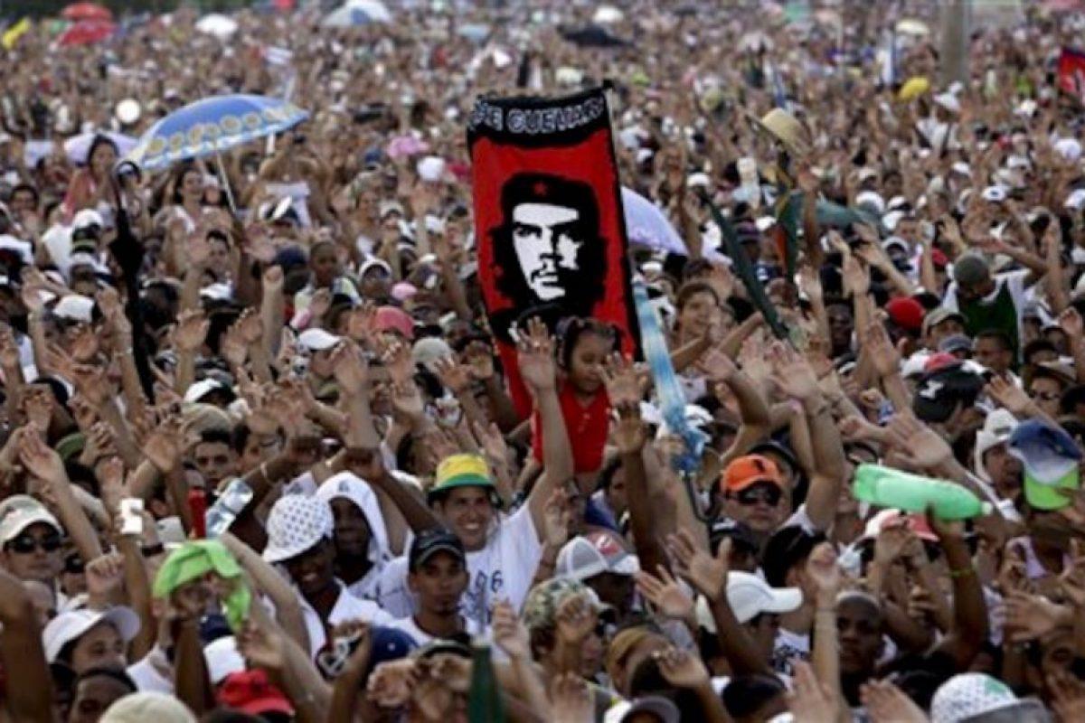 EU intentó mediante la proyección de un documental llamado Derrocando a un dictador propagar ideas en contra del gobierno Foto:AP. Imagen Por: