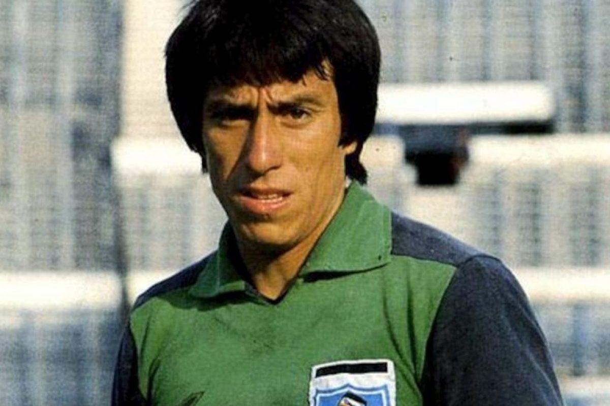 El ex portero chileno se lastimó para finger que una bengala lo había alcanzado, durante un juego contra Brasil en las eliminatorias rumbo a Italia 1990. Imagen Por: