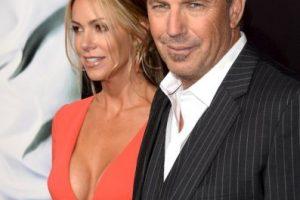 Kevin Costner, de 59 años, se casó con Christine Baumgartner, de 39, hace 10 años. Foto:Getty. Imagen Por: