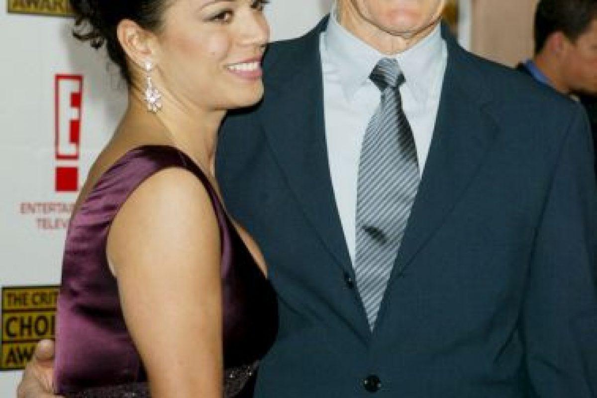 El actor y director, Clint Eastwood, de 83 años, lleva casado 18 años con la reportera Dina Eastwood, de 48 años. Foto:Getty. Imagen Por: