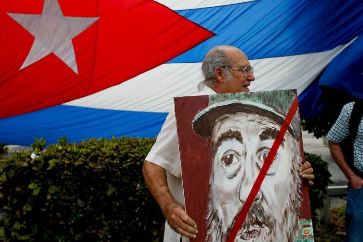 Por su edad muchos tuiteros han despedido al expresidente cubano Fidel Castro Foto:Gettyn Images. Imagen Por: