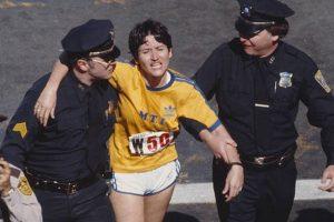 Llegó a la meta del Maratón de Boston en 1980 en primer lugar, pero después se descubrió que solo corrió el principio y final de la competencia.. Imagen Por: