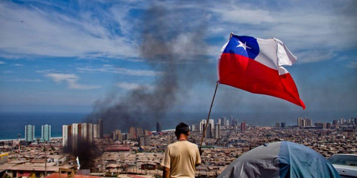 Fotos: Protestas en Iquique por falta de ayuda tras el terremoto