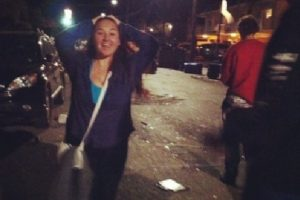 Farrah Symone Derdiger subió esta imagen del caos que se ocasionó en Isla Vista Foto:Instagram. Imagen Por: