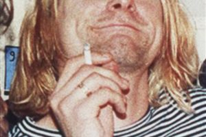"""7.- Pennyroyal Tea. Después de sufrir durante largo tiempo de su vida úlceras en el estómago, Cobain intentó una bebida a base de hierbas esperando que le ayudara. Nunca lo hizo, en su diario escribió al respecto """"It doesn´t work, you hippie"""" (no funciona, tu hippie) Foto:AP. Imagen Por:"""