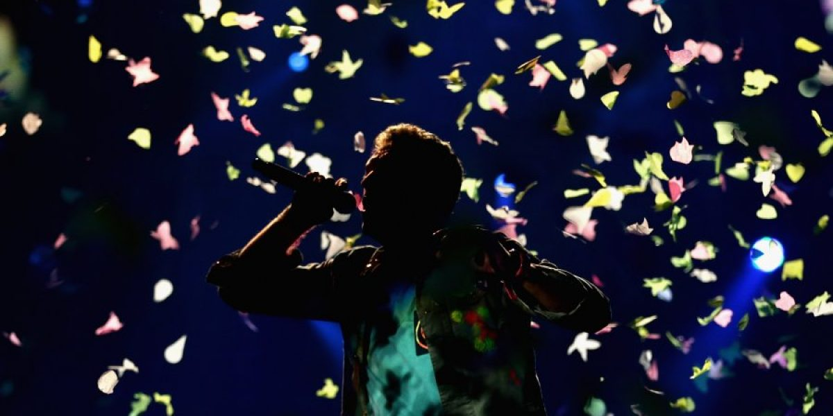 Coldplay se apunta al blanco y negro en el video de