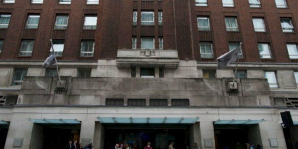 Londres: Sujeto ataca a tres mujeres árabes con un martillo