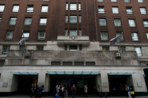 El ataque se llevó acabo en el hotel Cumberland Foto:AFP. Imagen Por: