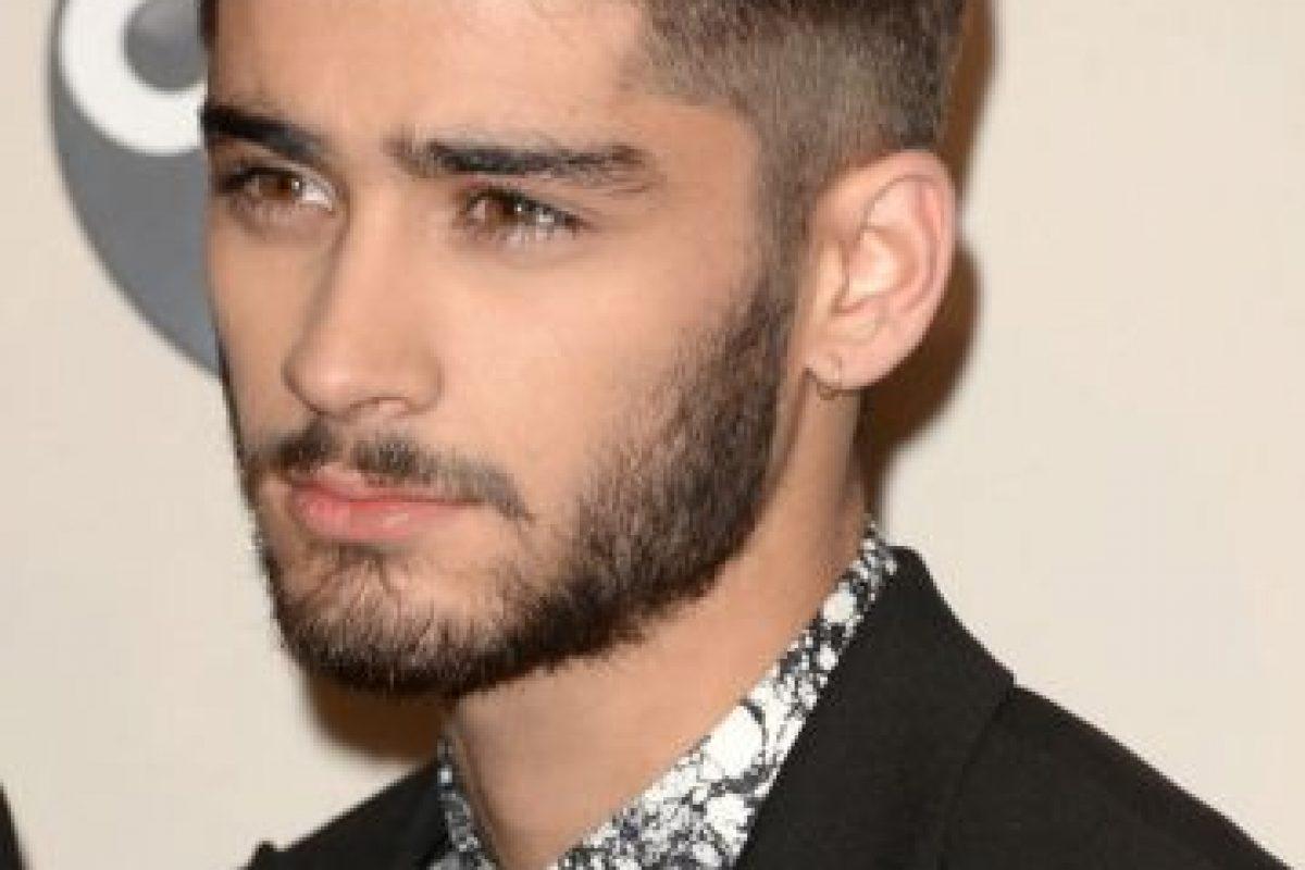 Miles de fans comenzaron a sufrir cuando en Twitter surgieron rumores de que Zayn Malik, miembro de One Direction, había muerto. Foto:Getty. Imagen Por: