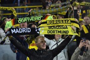 La fiel afición del Borussia. Foto:AFP. Imagen Por: