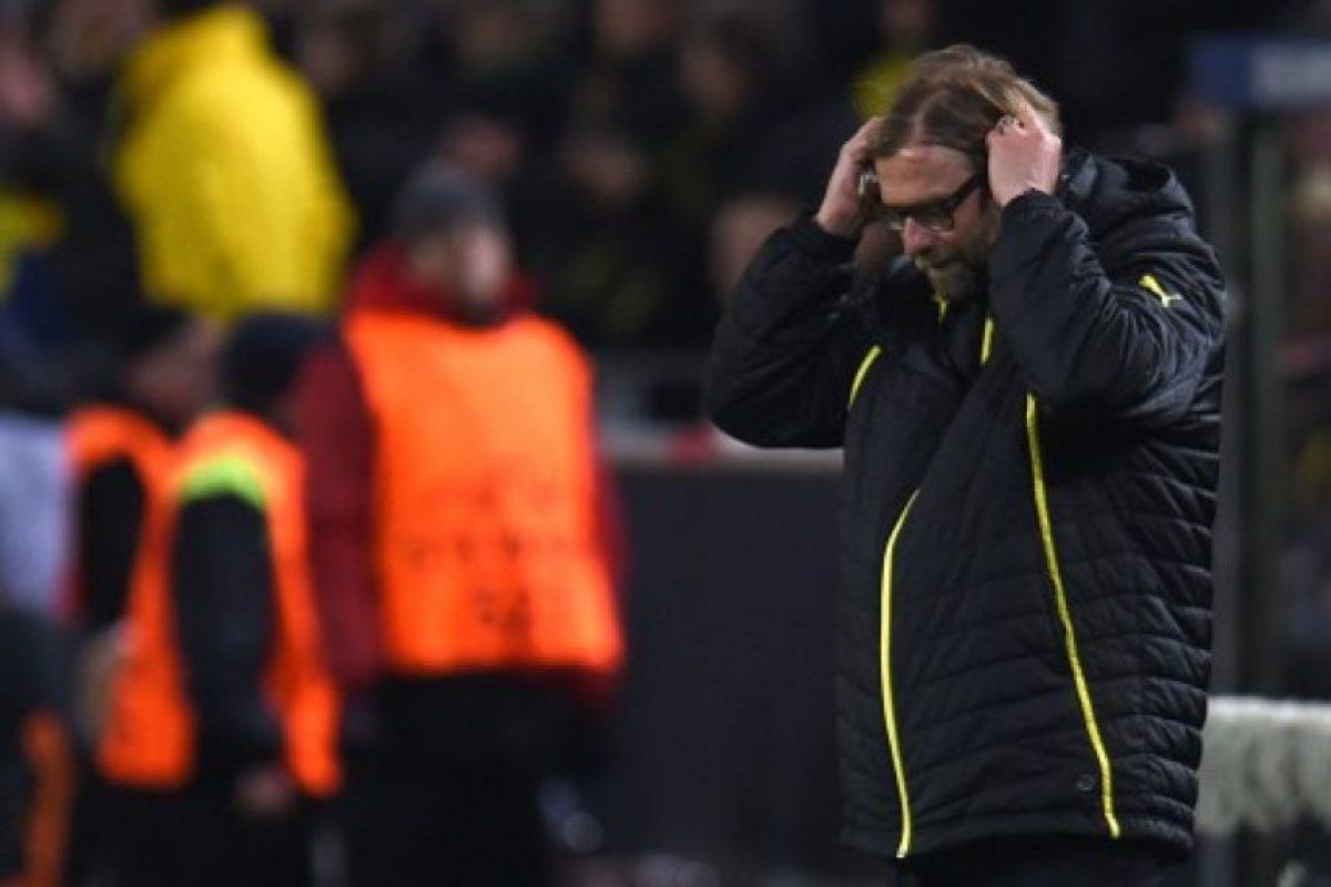Jürgen Klopp, entrenador del Dortmund, sufriendo en el partido. Foto:AFP. Imagen Por: