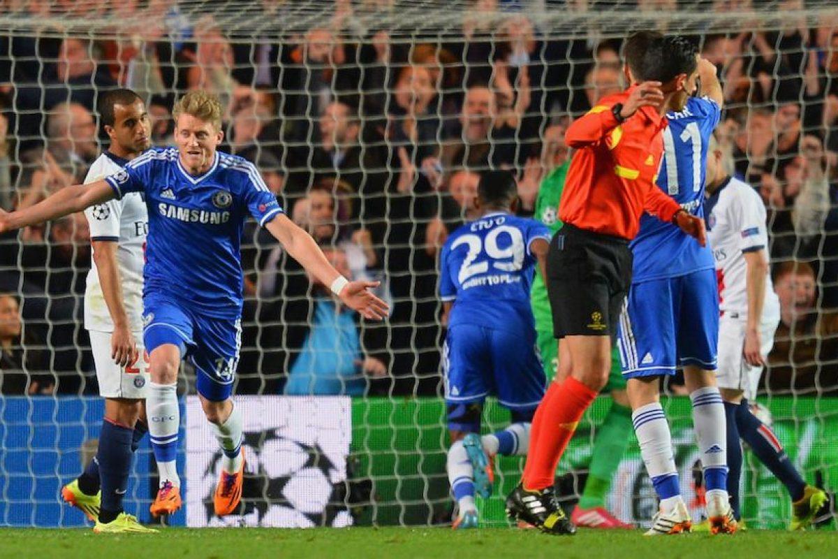 Schürrle anotó el primer gol del Chelsea. Foto:getty images. Imagen Por: