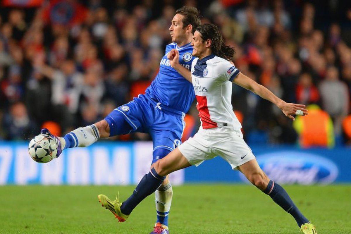 David Luiz y Cavani disputando el balón. Foto:getty images. Imagen Por: