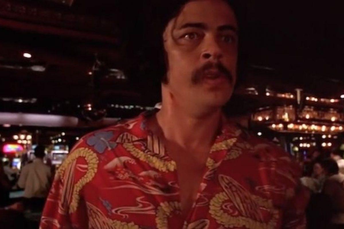 Benicio del Toro Foto:Captura de pantalla / Youtube / Movieclips / Fear and Loathing in Las Vegas. Imagen Por: