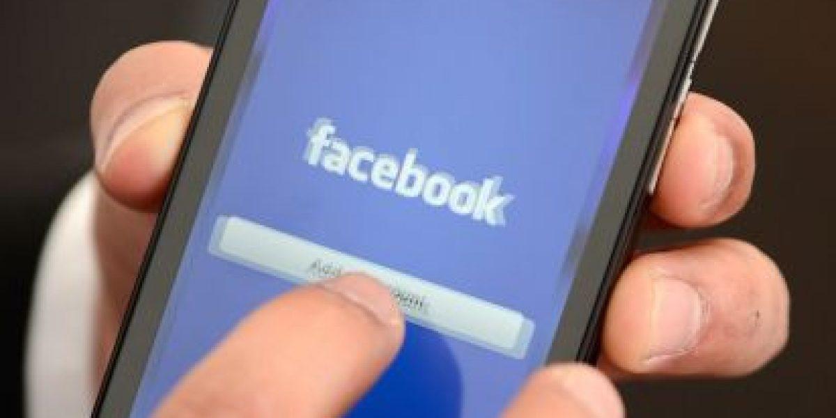 Facebook ya no permitirá chatear desde su app móvil