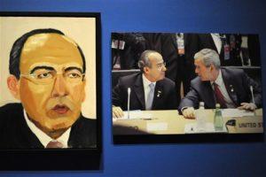 La crítica del NYT Roberta Smith en sus comentarios señala: parece que Bush tiene una extraña habilidad para traducir fotos en extrañas distorsiones Foto:AP. Imagen Por: