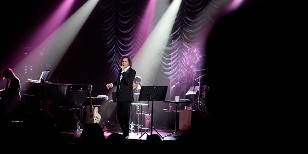 David Bisbal agenda concierto en Chile y envía un saludo a sus fanáticas