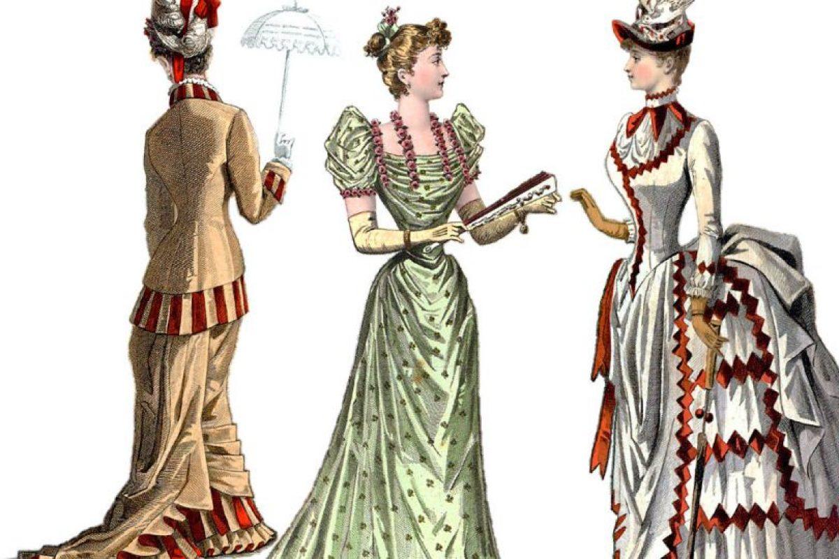 La moda no es cosa de mujeres. De hecho, refleja los cambios sociales. Esto es de 1880, plena época victoriana de prosperidad en Europa. Foto: Getty. Imagen Por: