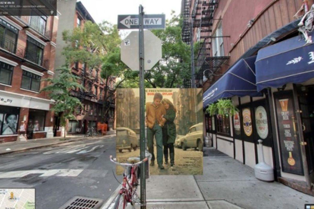 Del disco Freewheelin de Bob Dylan la portada fue tomada de la calle Bob Jones en Nueva York Foto:Google Stret View-The Guardian. Imagen Por: