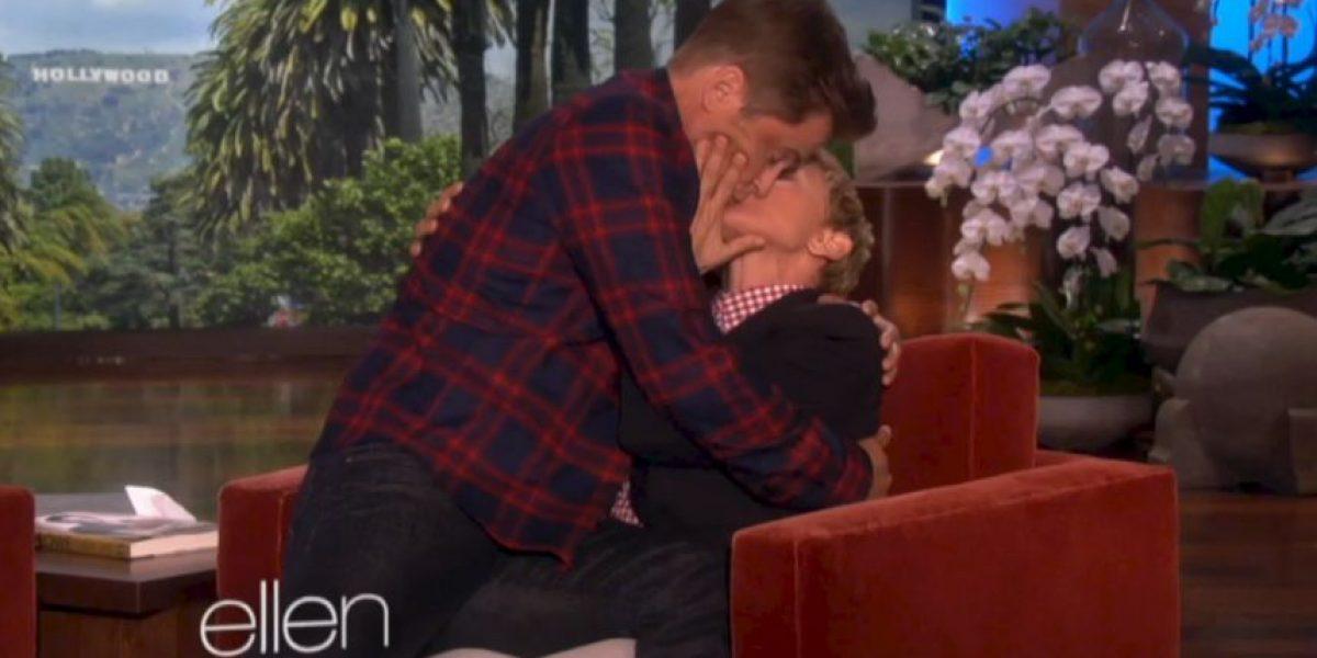 Video: Ellen DeGeneres besa apasionadamente al actor Rob Lowe