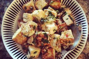 6.- En cualquier ensalada para brindar un mejor sabor Foto:Tumblr. Imagen Por: