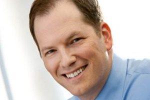 Michael Breus, psicólogo clínico con especialidad en trastornos del sueño.. Imagen Por: