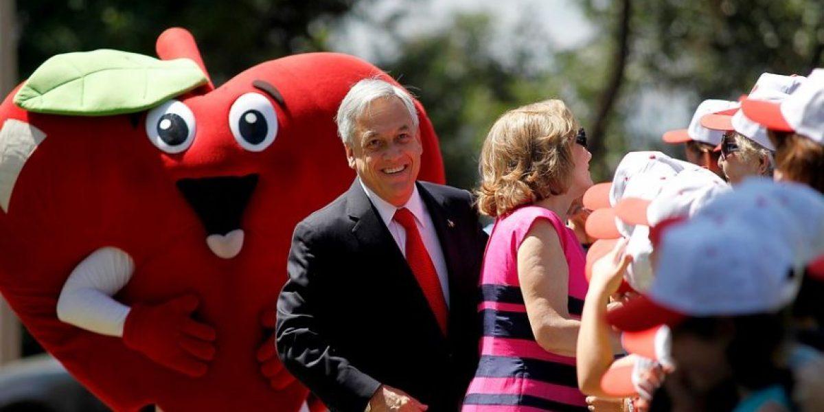 Ex presidente Piñera y Cecilia Morel salen a defender el programa Elige Vivir Sano