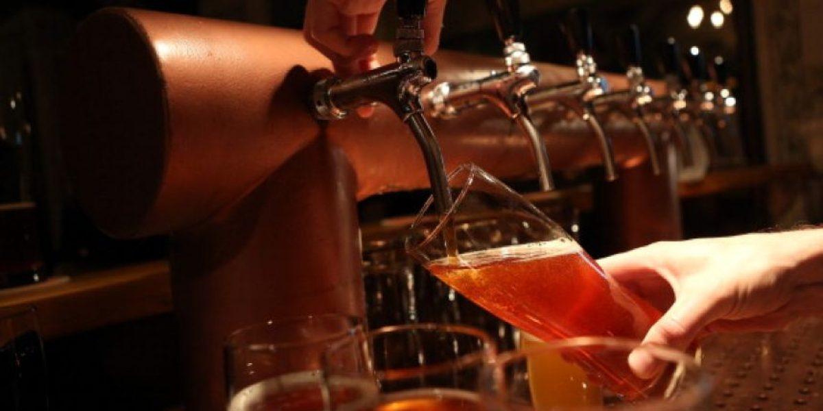 10 razones para beber cerveza (sin remordimientos)