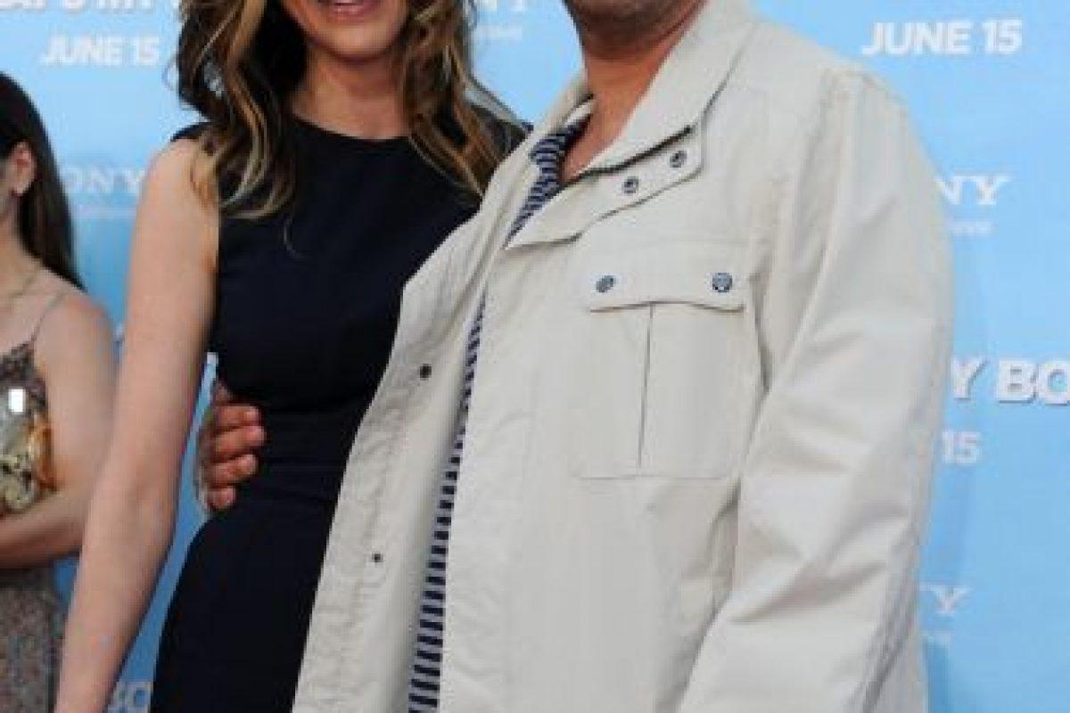 Conoció a su esposa durante la película Big Daddy. Jackie Sandler apareció como extra en esa cinta. Foto:Getty. Imagen Por: