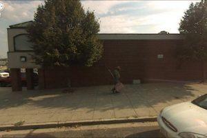 Robar carteles. Foto: Google Street View. Imagen Por: