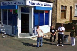 Más exhibicionismo. Foto: Google Street View. Imagen Por: