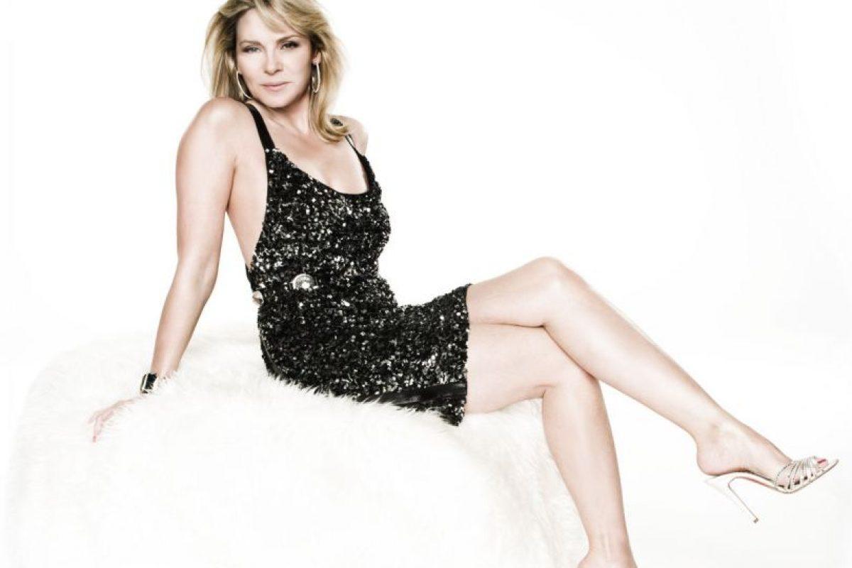 Samantha Jones, personaje que cumple el imaginario actual de mujer 'devoradora'. Foto: HBO. Imagen Por: