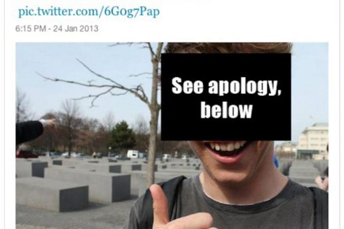 En el monumento a las víctimas del Holocausto. Foto:Selfies at serious places / Tumblr. Imagen Por: