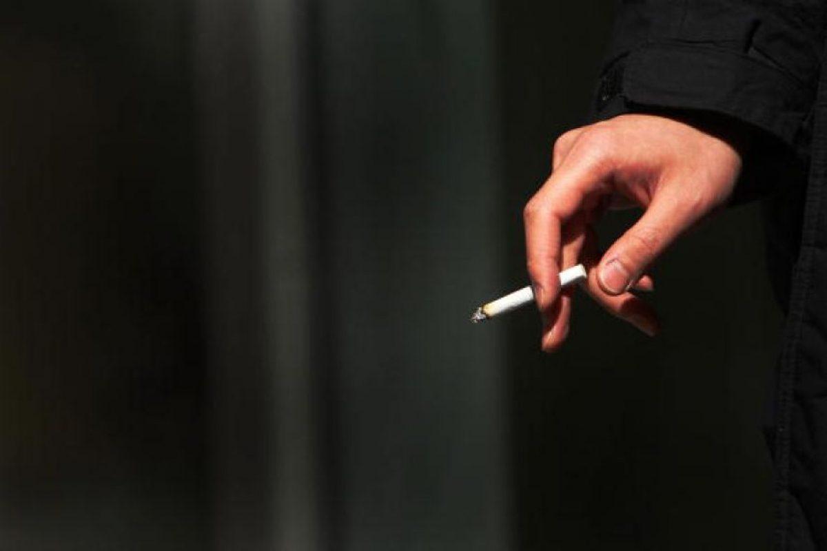 Fumar puede causar cáncer de garganta, boca o pulmones Foto:Getty images. Imagen Por: