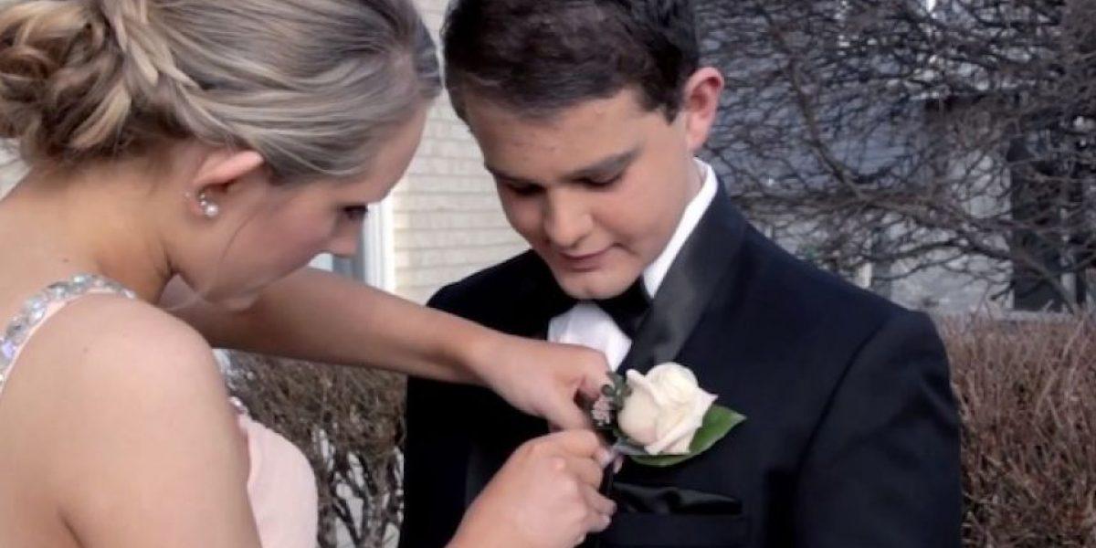 Video: Netflix acompaña a adolescente a baile de graduación