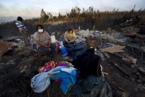 El gobierno se ha encargado de regularizar a las personas que se han acentado en los cerros Foto:AFP. Imagen Por: