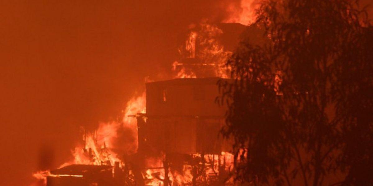 Galería: Reactivación del incendio y evacuación en cerro Ramaditas
