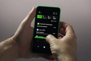 El action center en Windows Phone 8.1 Foto:Windows Phone. Imagen Por:
