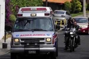 Llegada de Gabriel García Márquez a su casa tras dejar el hospital Foto:AFP. Imagen Por: