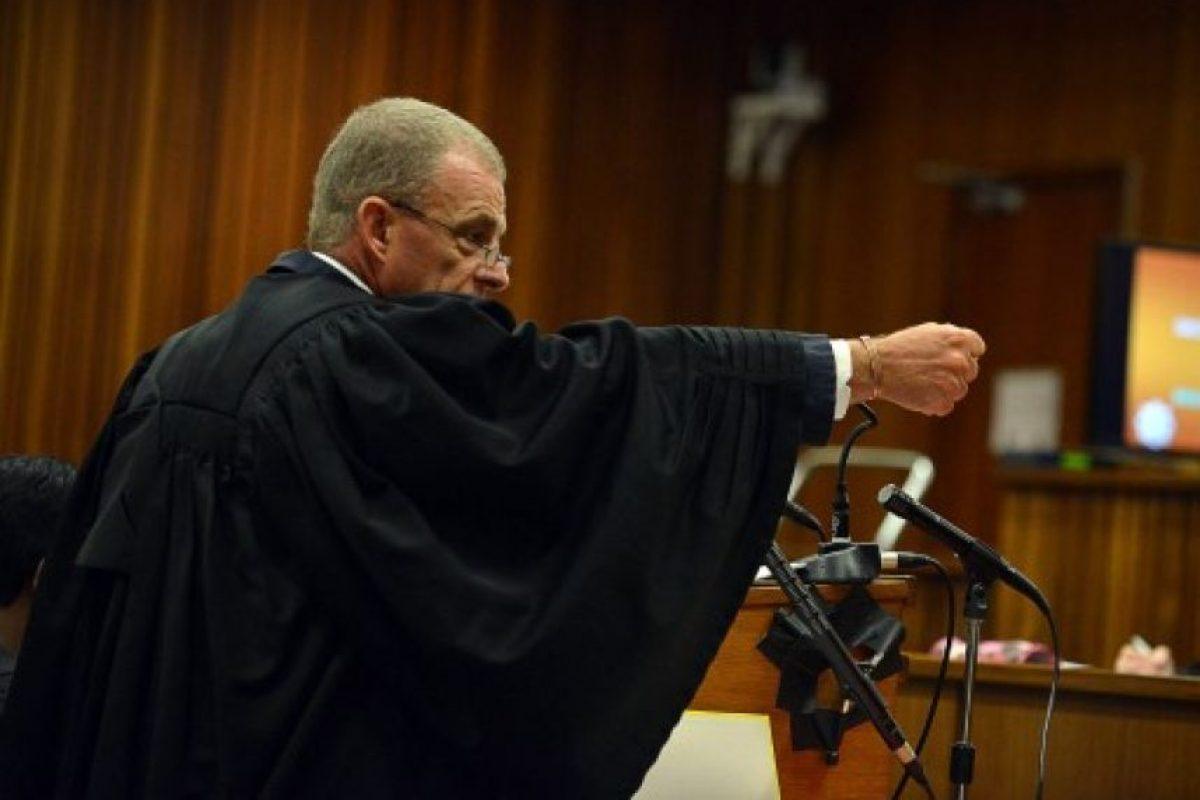 El acusado volvió a llorar mientras el juez cuestionaba su versión de los hechos Foto:AFP. Imagen Por: