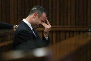 Pistorius podría enfrentar cadena perpetua Foto:AFP. Imagen Por:
