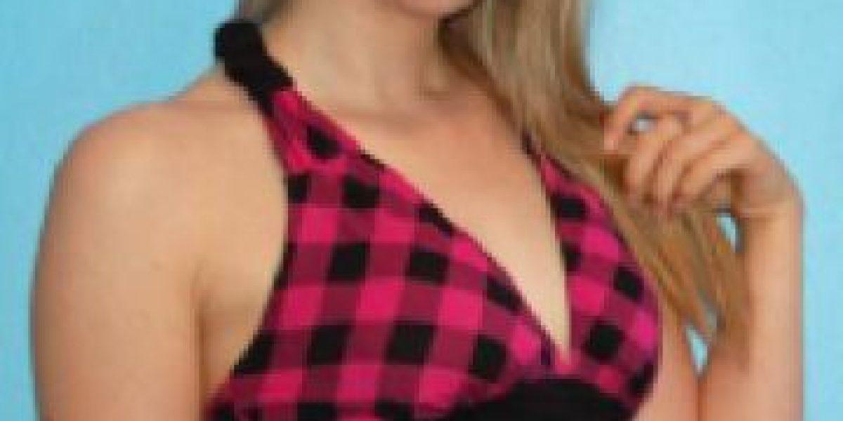 Fotos: Ella logró que desconocidos pagaran por su aumento de senos