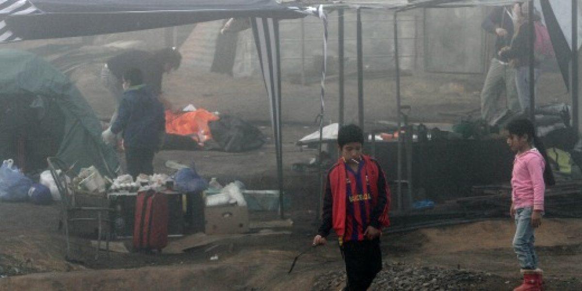 Trabajadores de Codelco donan un día de sueldo y productos básicos a damnificados de Valparaíso