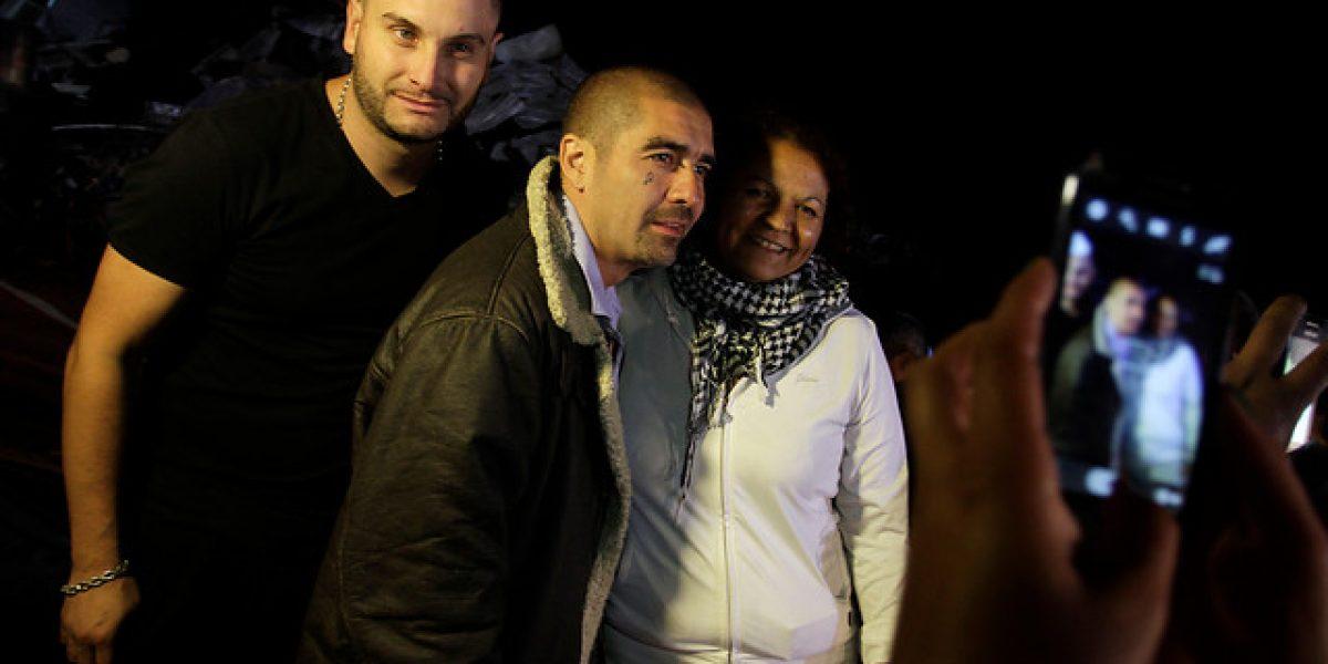 Dj Méndez se cuadra con los damnificados y llega con camión con ayuda a Valparaíso