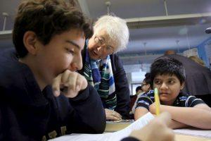 Se comprobó que el gesto no sólo es compatible con el aprendizaje de una tarea, además conduce a la generalización del aprendizaje más allá de la tarea Foto:Getty Images. Imagen Por: