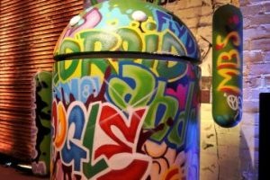 No modificar el celular hará que no tenga vulnerabilidades. Foto:getty images. Imagen Por: