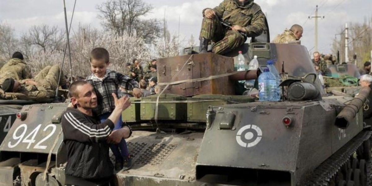 Crisis en Ucrania: La operación antiterrorista de Kiev choca con la resistencia civil en Donetsk